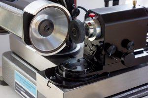 CMS-SMAWT Braked Wheel Truing Device